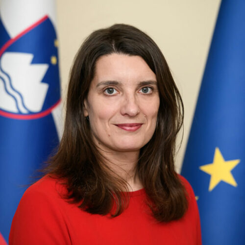 dr. Simona Kustec Lipicer